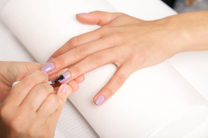 mobile beautician | manicure |pedicure
